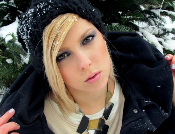 dark_winter_queen_tut_01